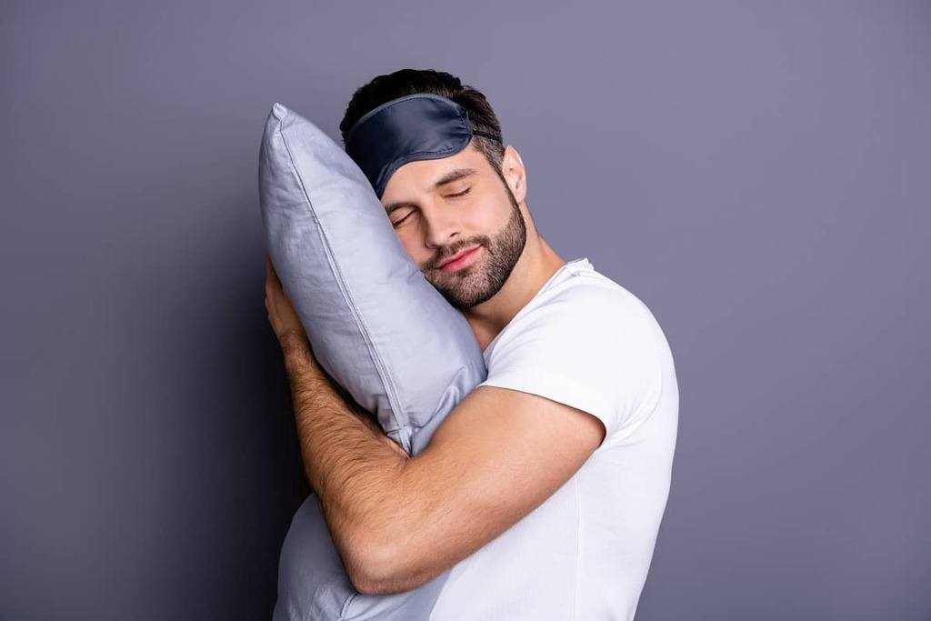 Best Bamboo Pillows - restiwithstyle.com
