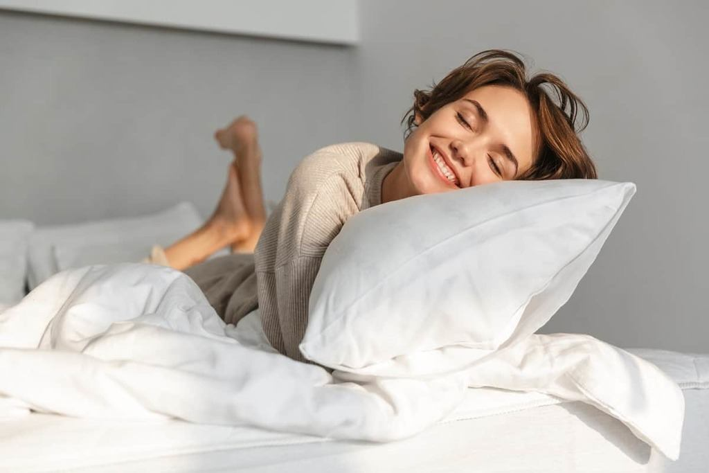 TEMPUR-Cloud Pillow Review - restiwithstyle.com