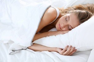 Wamsutta Dream Zone Pillow Review - restiwithstyle